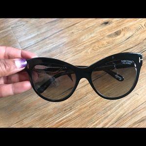 Brand new cat eyed Tom Ford sunglasses